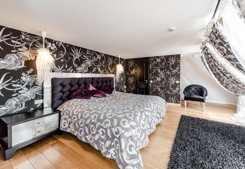 93 modern master bedroom design ideas pictures for Black wallpaper bedroom ideas