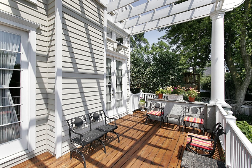 Deck with white pergola