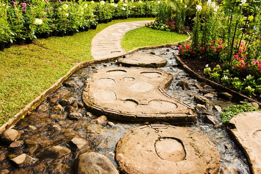 Stepping stone water feature in garden