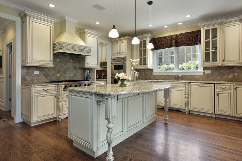 Kitchen with impressive island