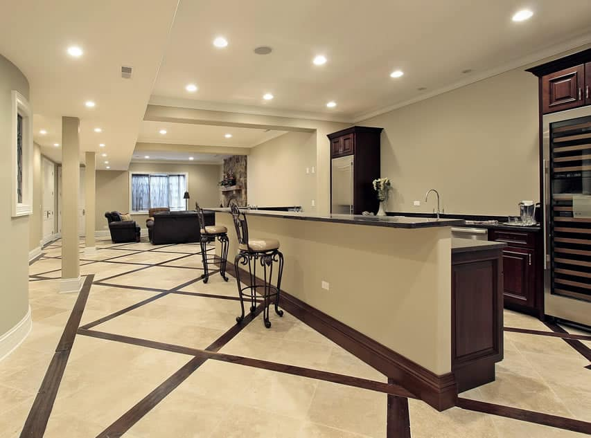 Image gallery luxury basement bars - Designing a basement bar ...