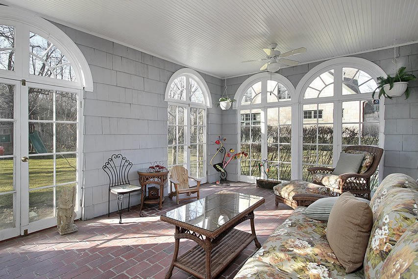 Garden sunroom patio area