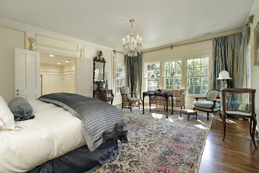 elegant bedroom with sitting area and hardwood floors bedroom sitting room furniture