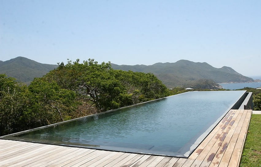 Hilltop infinity swimming pool with ocean view
