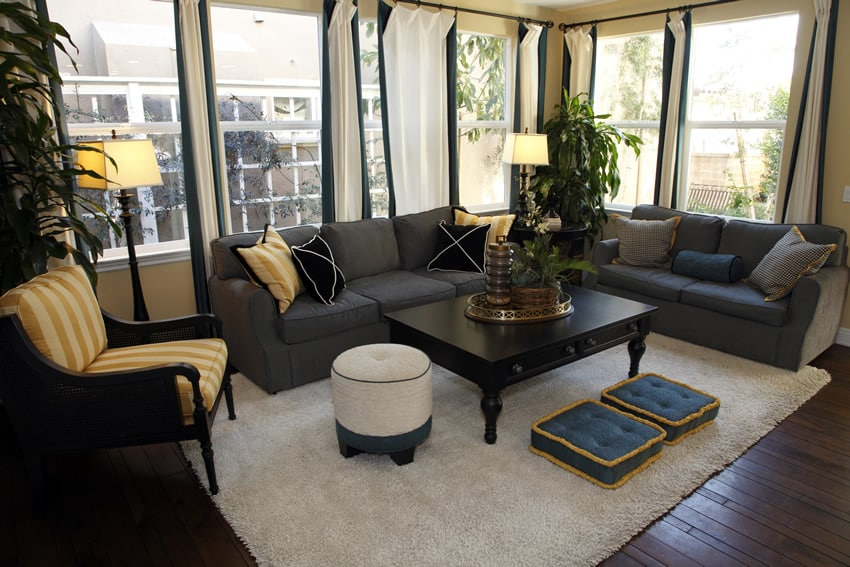 Richly decorated living room with curtains