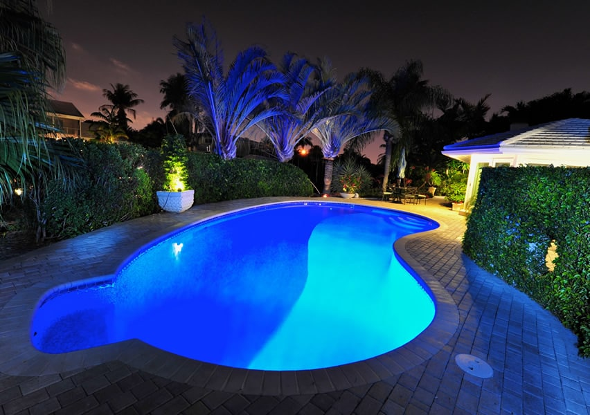 Rounded swimming pool with gazebo