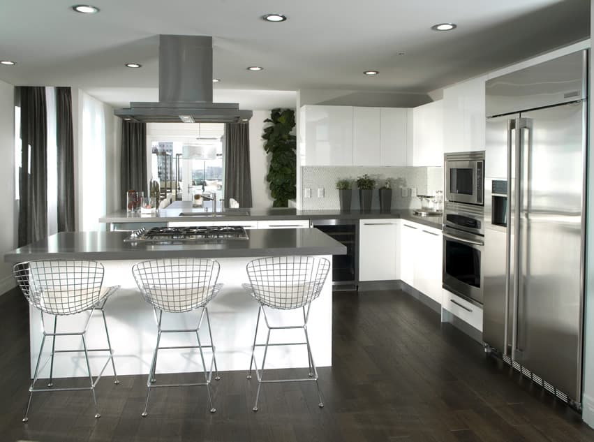 Stylish l shaped kitchen in gray