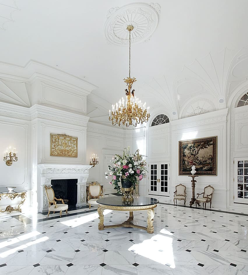 Beautiful Entryway To Mansion Home