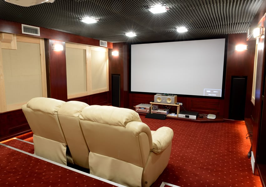 21 incredible home theater design ideas decor pictures for Small room movie theater