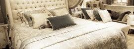 small-bedroom-with-luxury-decor