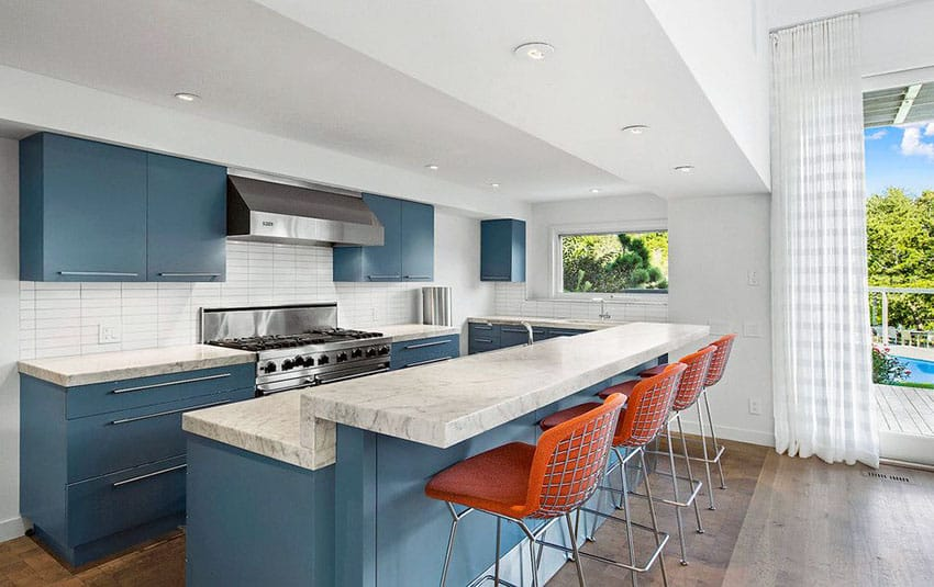 27 blue kitchen ideas pictures of decor paint cabinet for Black white and blue kitchen ideas