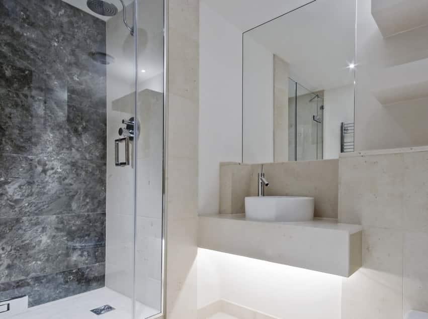 Glass bathroom shower enclosure