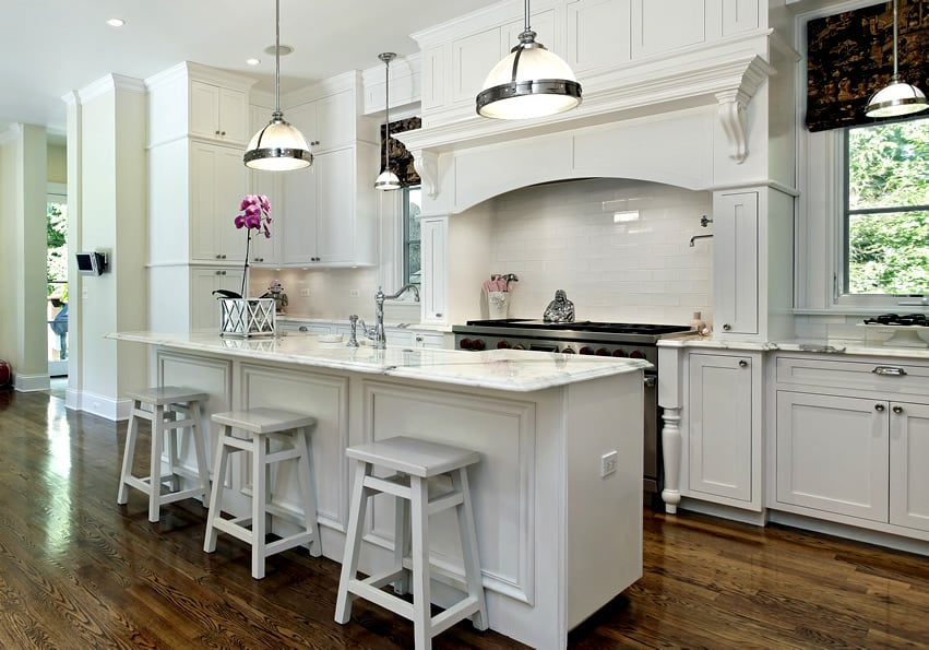 White kitchen with white marble counters
