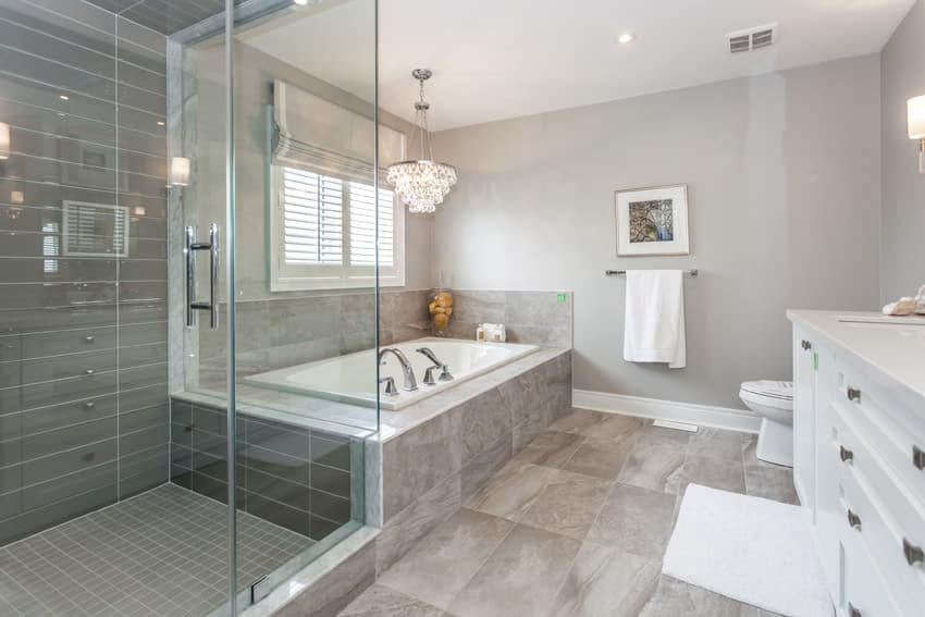 Attractive bathroom with tub and shower