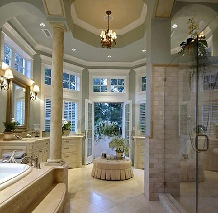 Expansive traditional master bathroom