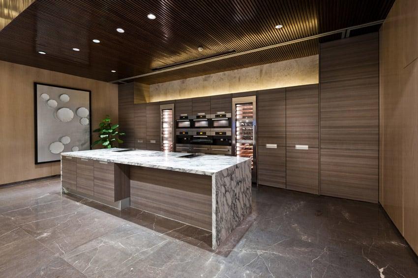 Modern wood kitchen with rectangular island