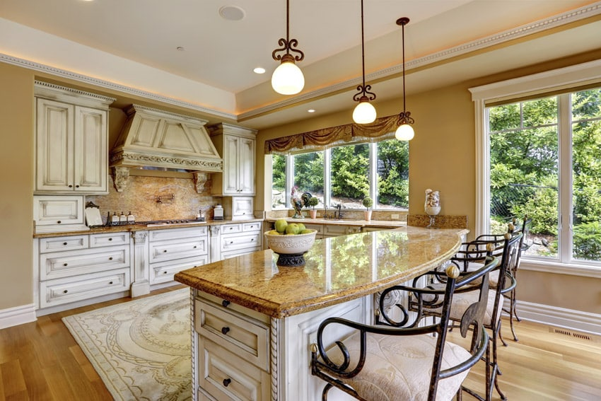 Traditional distressed wood kitchen
