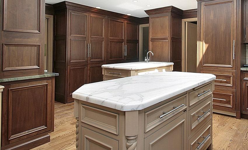 White marble kitchen islands