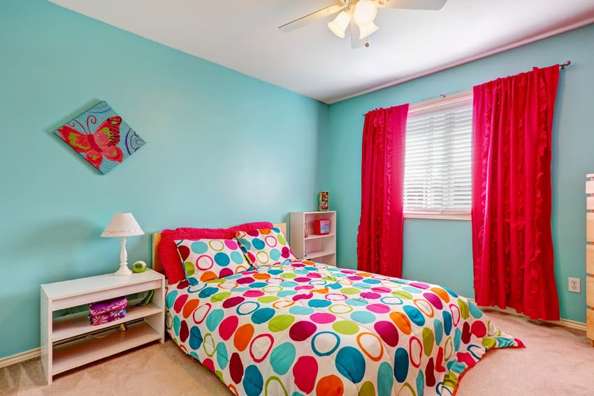 Bright cheerful modern girls bedroom