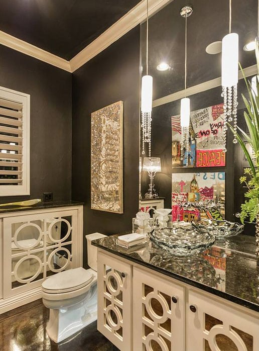 Glam bathroom with min pendant lights