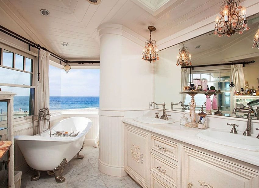 Oceanfront bathroom with view