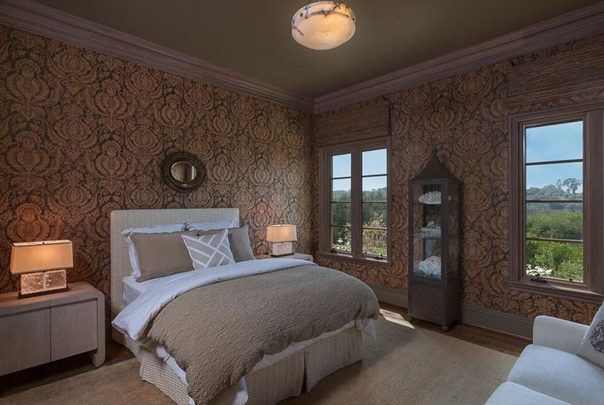 Guest bedroom with vintage design wallpaper