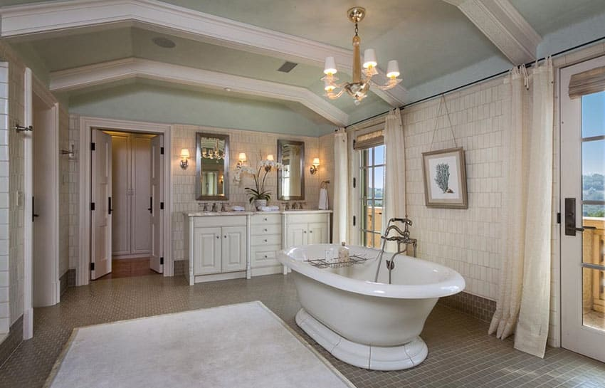 Luxury master bath in Tuscan style home