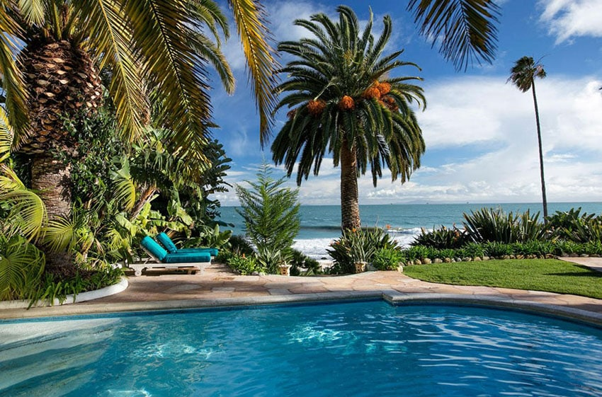 Oceanfront swimming pool at cottage home