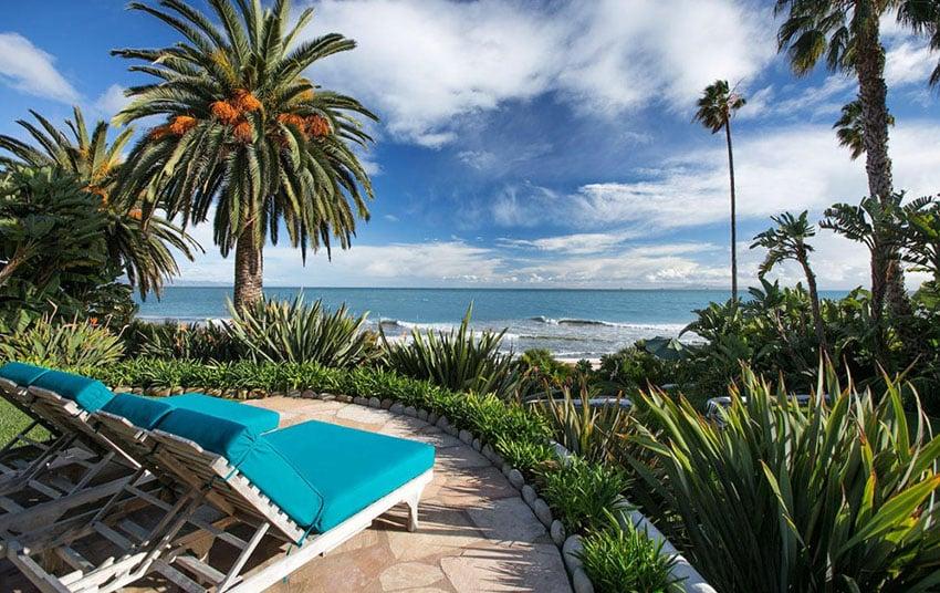 Relaxing spot to enjoy oceanview