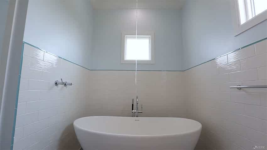 Contemporary bathtub at beach home