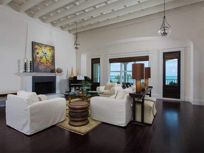 Contemporary living room with maple hardwood flooring