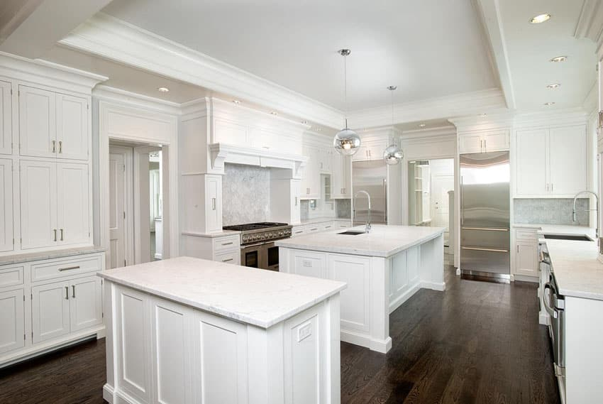 37 luxurious kitchens with white cabinets designing idea for Contemporary shaker style kitchen