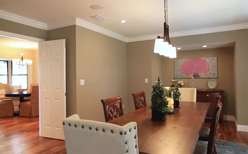 Dining room with two types of chairs