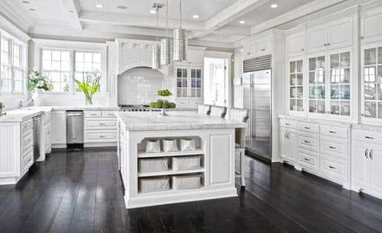 37 Luxurious Kitchens With White Cabinets