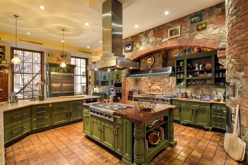 23 beautiful spanish style kitchens design ideas for Mediterranean style kitchen photos