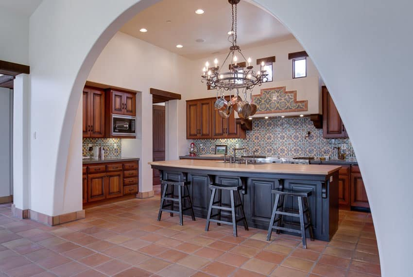 23 beautiful spanish style kitchens design ideas for Spanish style floor tiles
