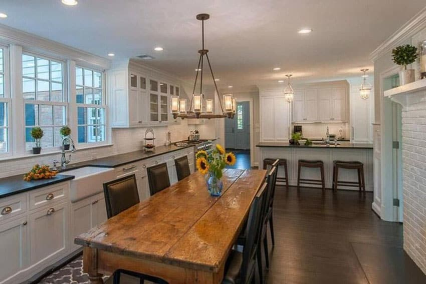 Modern country kitchen with farmhouse style dining table