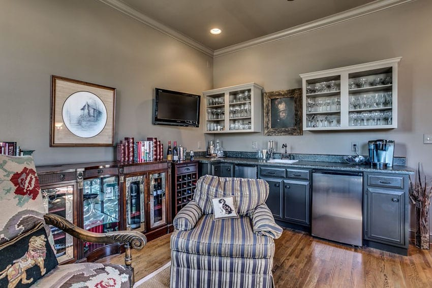 Cheap man cave home bar with lounge chair