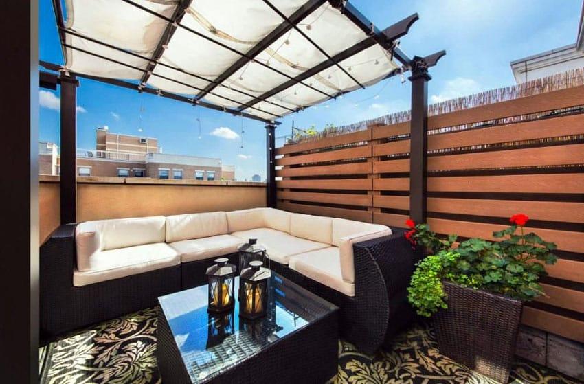 Rooftop patio horizontal fence