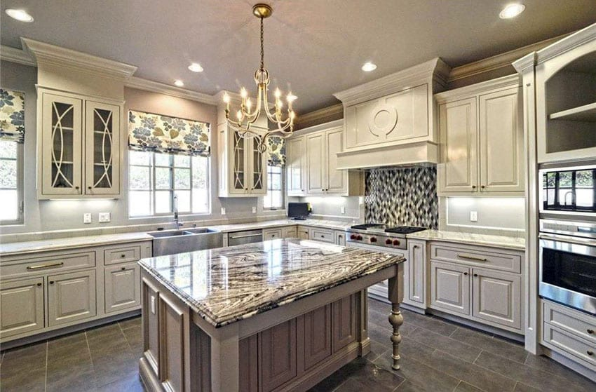 Antique white cabinets for Antique white kitchen cabinets