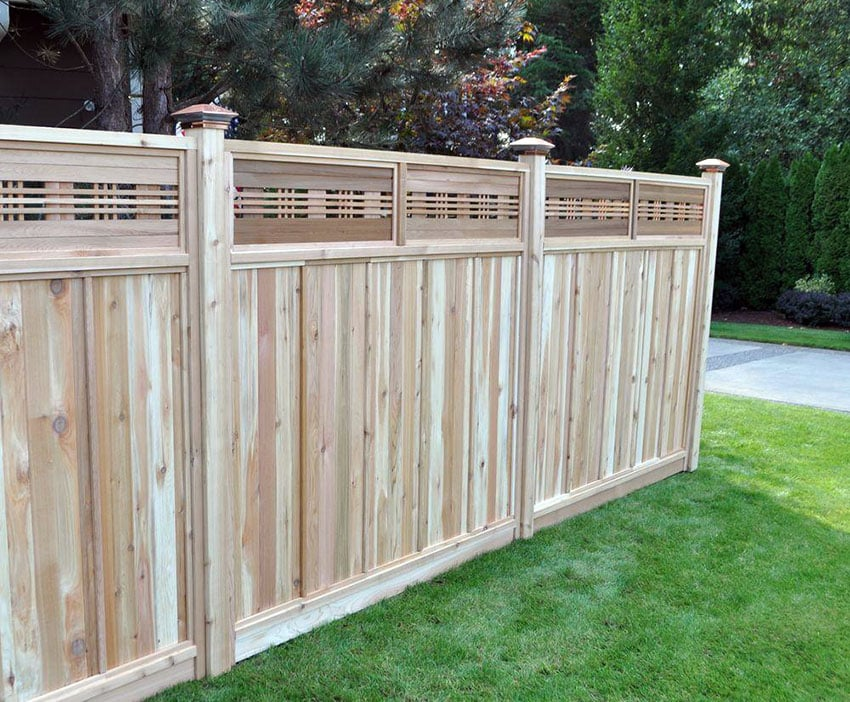 Wood fence panel with decorative top