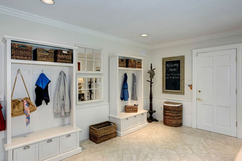Traditional mudroom with hallway tree furniture storage bench