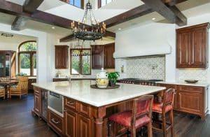 29 Elegant Tuscan Kitchen Ideas (Decor & Designs)