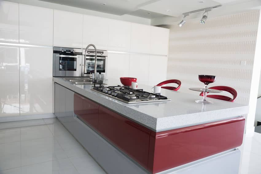 modern-white-cabinet-kitchen-with-red-and-white-island