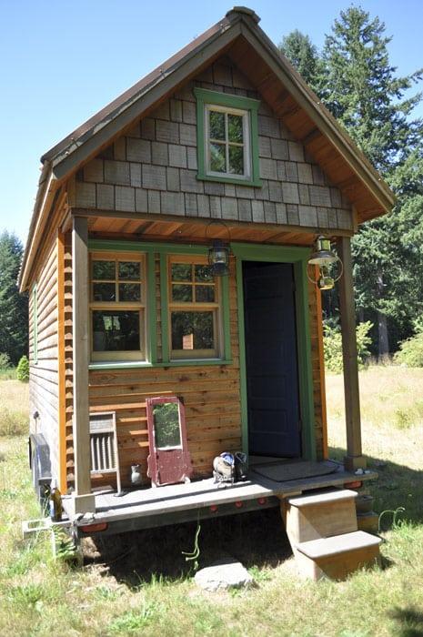 Rustic tiny house design