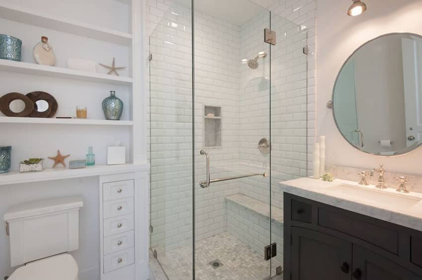 Small bathroom with open shelving and beach decor