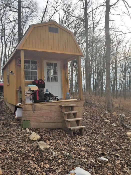 Tiny wood house off the grid